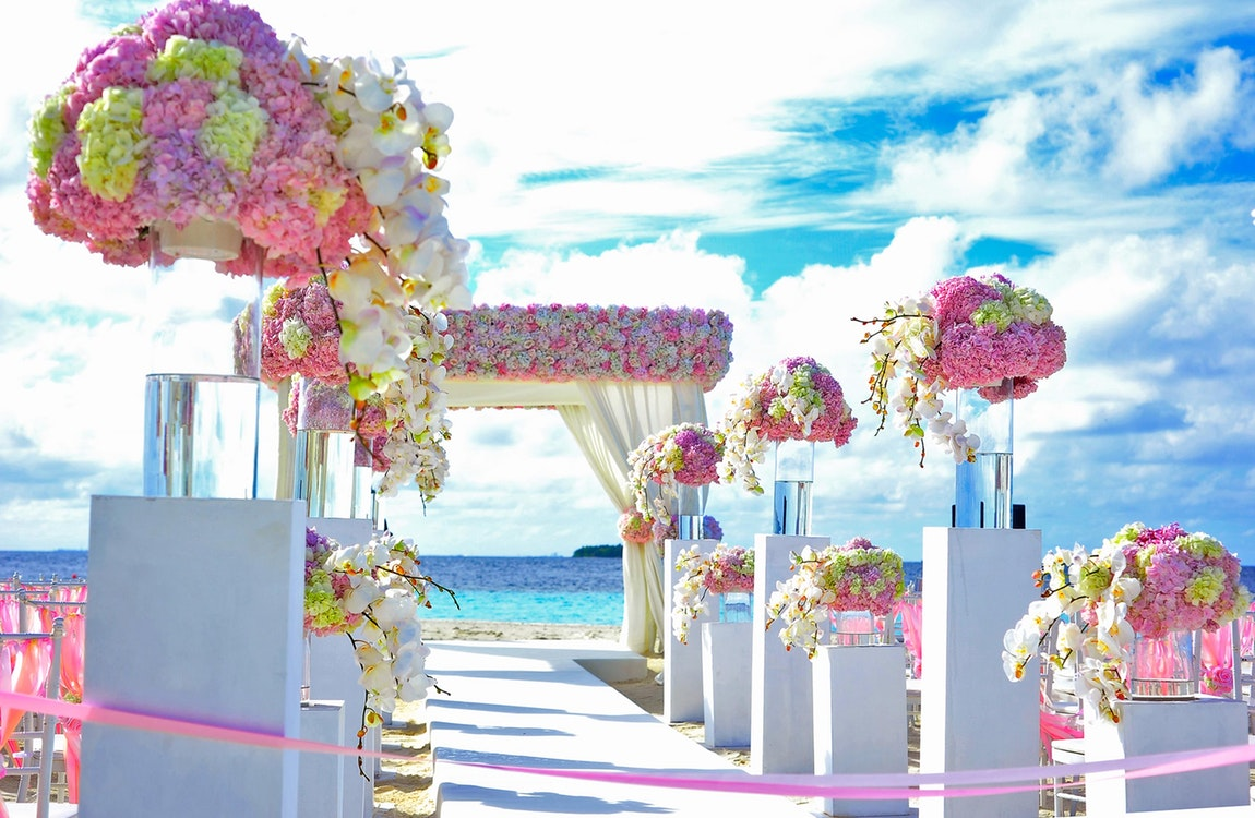 Beach Wedding – Key Things to Look for In Your Wedding Package