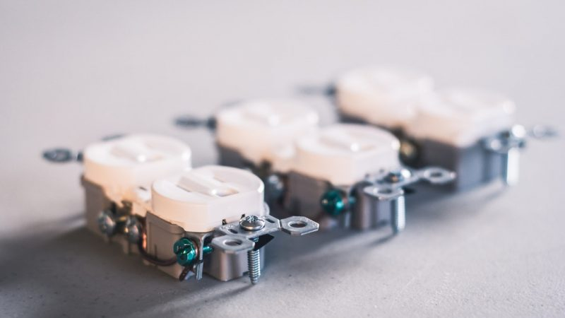 A Beginner's Guide to Repairing Receptacles and Switches